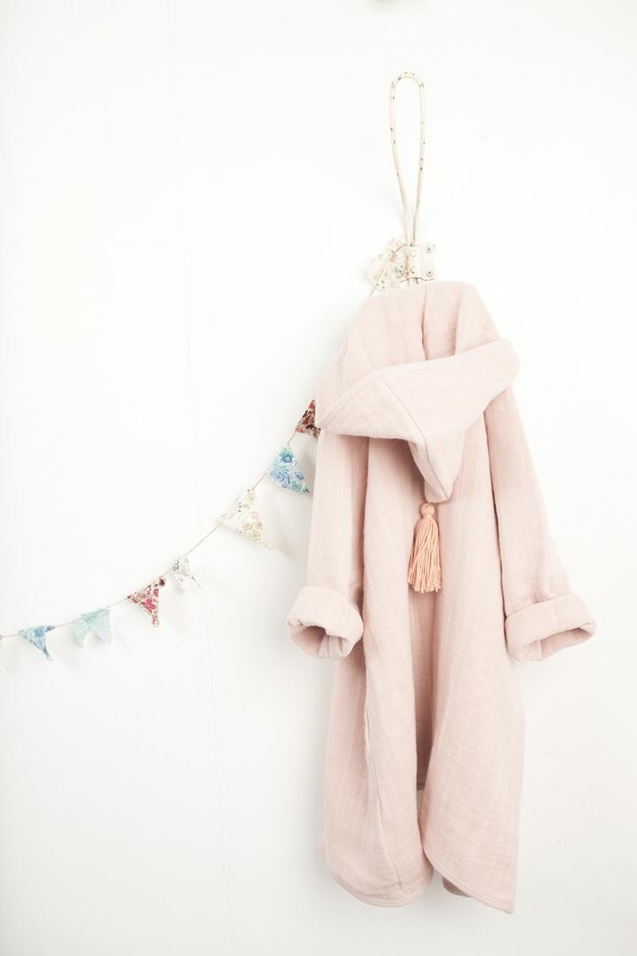 peignoir-porte-manteau.jpg